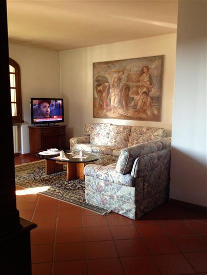 Villa in vendita a Gonzaga, 8 locali, Trattative riservate | Cambio Casa.it