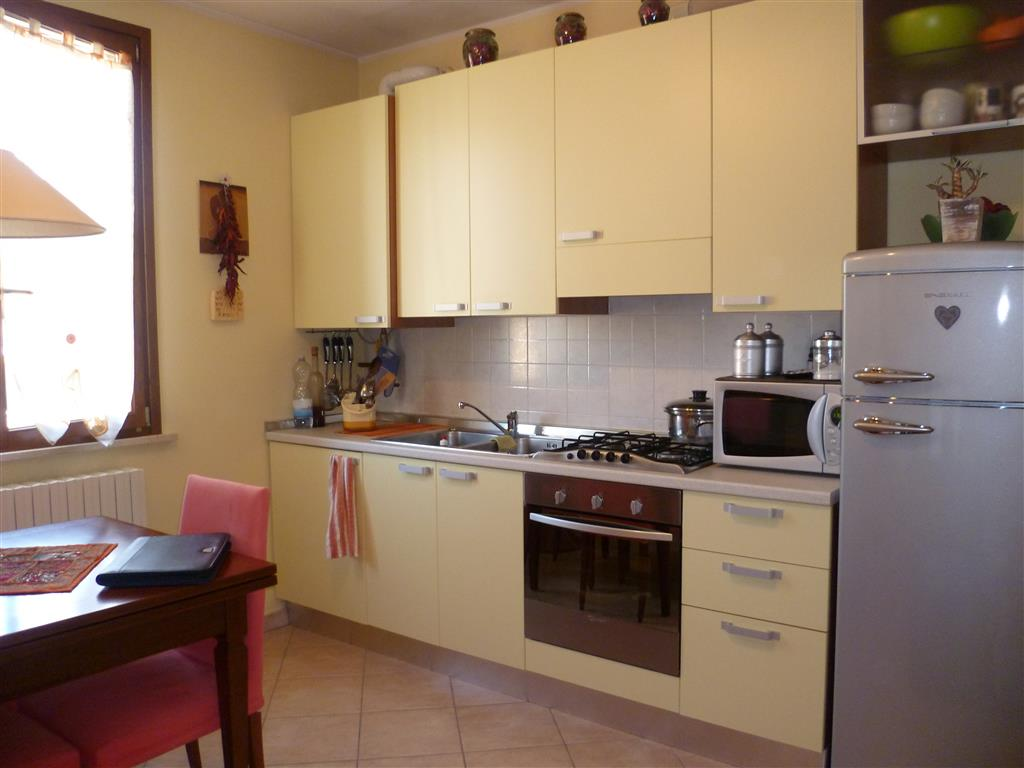 Appartamento in affitto a Motteggiana, 2 locali, prezzo € 420 | Cambio Casa.it
