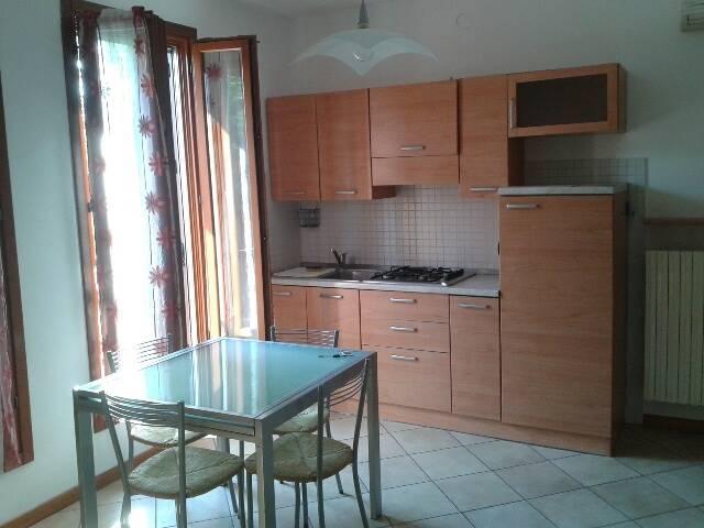 Appartamento in affitto a Suzzara, 2 locali, prezzo € 420   Cambio Casa.it