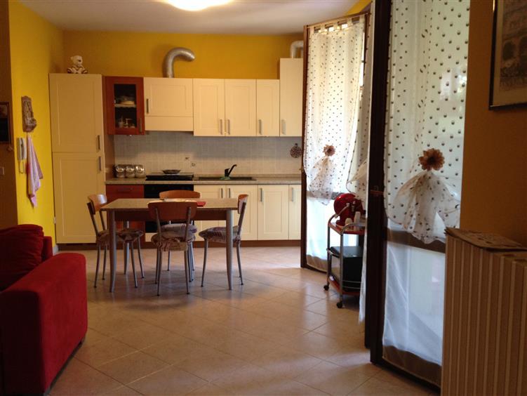 Appartamento in vendita a Suzzara, 3 locali, zona Località: RONCOBOLDO, prezzo € 142.000 | Cambio Casa.it