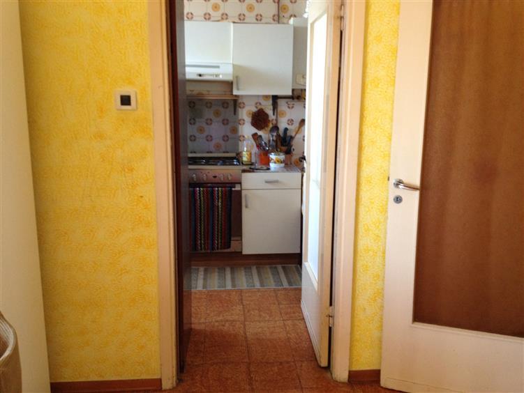 Appartamento in vendita a Suzzara, 5 locali, prezzo € 65.000 | Cambio Casa.it