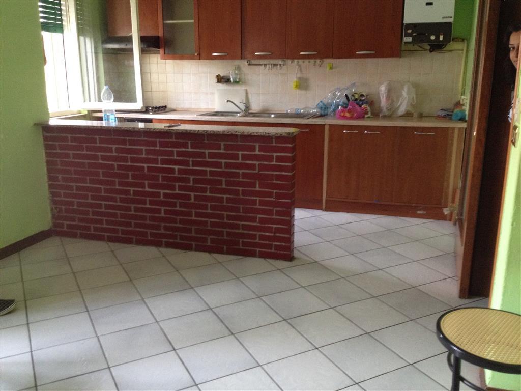 Appartamento in vendita a Motteggiana, 3 locali, prezzo € 80.000 | Cambio Casa.it