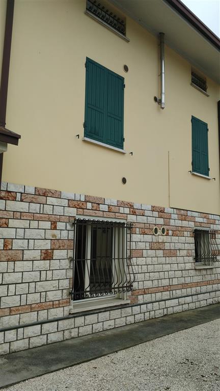 Appartamento in vendita a Pegognaga, 2 locali, prezzo € 60.000 | Cambio Casa.it