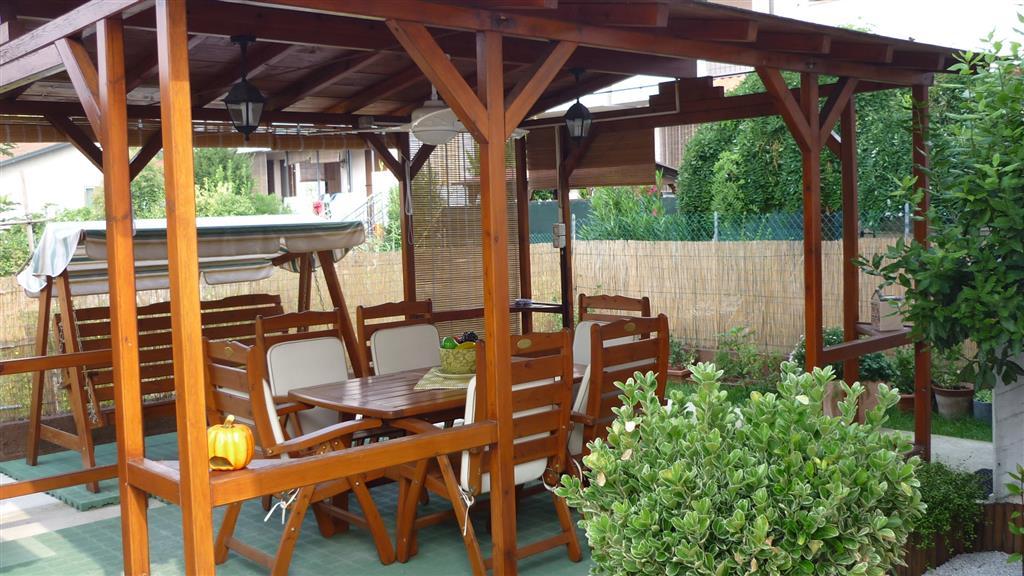 Villa Bifamiliare in Vendita a Suzzara