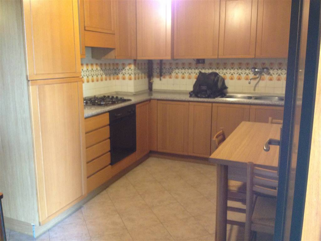 Appartamento in vendita a Suzzara, 4 locali, prezzo € 75.000 | Cambio Casa.it