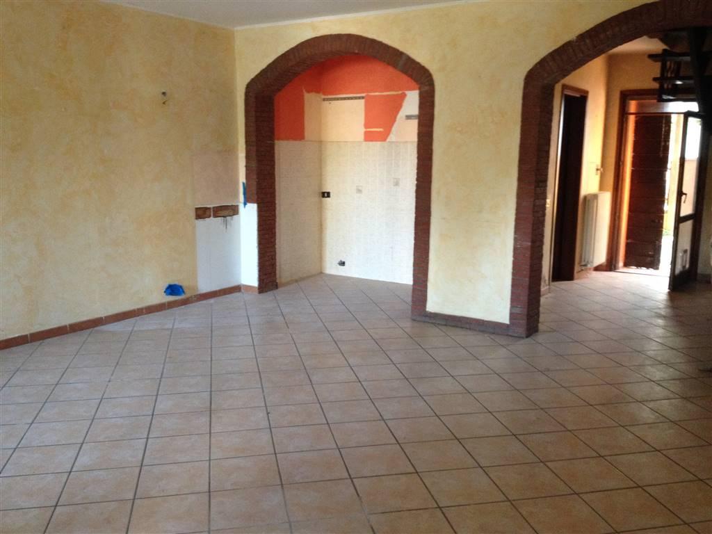 Soluzione Indipendente in vendita a Luzzara, 5 locali, zona Zona: Villarotta, prezzo € 60.000 | Cambio Casa.it
