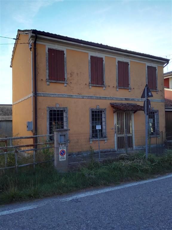 Rustico / Casale in vendita a Pegognaga, 6 locali, zona Zona: Sacca, prezzo € 60.000 | Cambio Casa.it