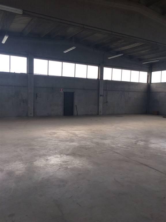 Capannone in vendita a Suzzara, 9999 locali, prezzo € 185.000 | Cambio Casa.it