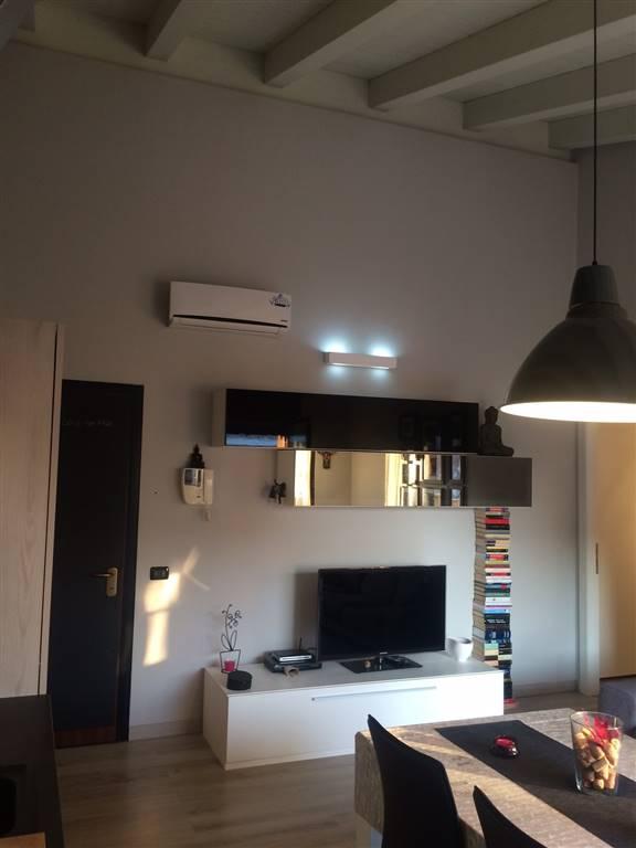 Appartamento in vendita a Suzzara, 3 locali, prezzo € 105.000 | Cambio Casa.it