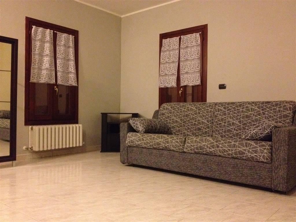 Appartamento in affitto a Suzzara, 1 locali, prezzo € 450 | Cambio Casa.it
