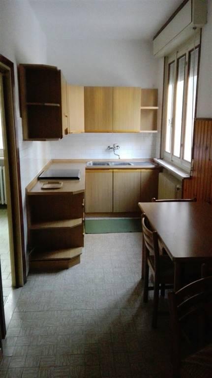 Appartamento in affitto a Suzzara, 3 locali, prezzo € 300 | Cambio Casa.it
