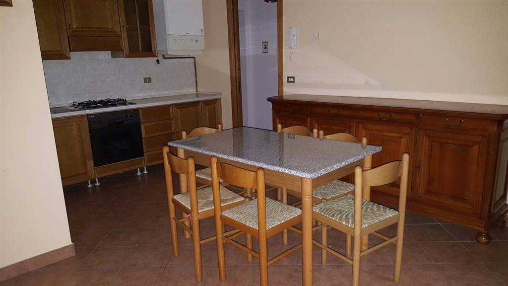 Appartamento in affitto a Suzzara, 2 locali, prezzo € 450 | Cambio Casa.it