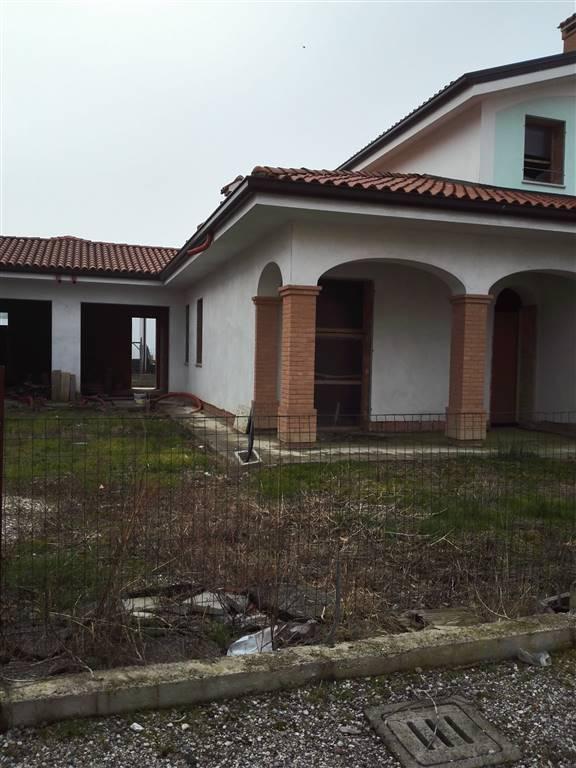 Villa in vendita a Moglia, 9 locali, prezzo € 140.000 | Cambio Casa.it