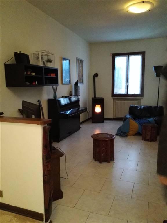 Villa in Vendita a Moglia