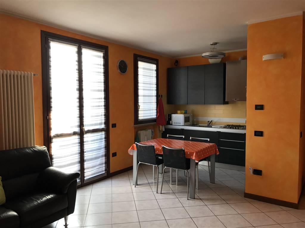 Appartamento in vendita a San Giorgio di Mantova, 3 locali, zona Zona: Mottella, prezzo € 110.000 | Cambio Casa.it