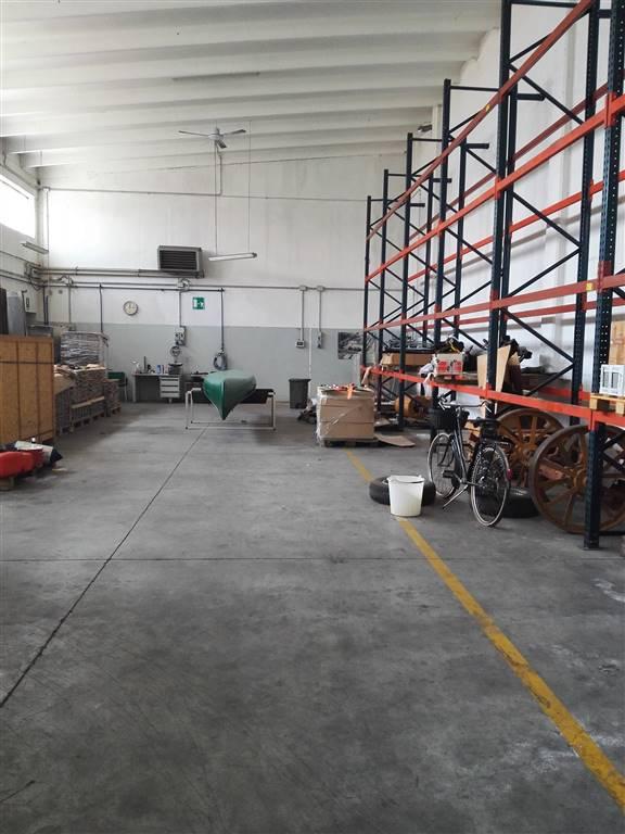 Capannone in vendita a Reggiolo, 9999 locali, Trattative riservate | Cambio Casa.it