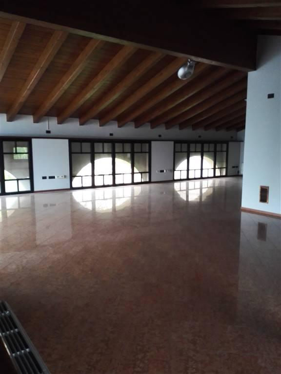 Ufficio / Studio in affitto a Pegognaga, 9999 locali, Trattative riservate | Cambio Casa.it