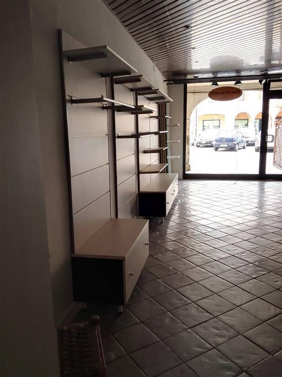 Negozio / Locale in vendita a Gonzaga, 9999 locali, Trattative riservate | Cambio Casa.it