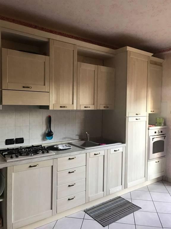 Appartamento in vendita a Suzzara, 3 locali, prezzo € 85.000   Cambio Casa.it