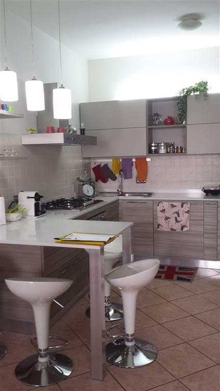 Appartamento in vendita a Guastalla, 3 locali, prezzo € 90.000 | Cambio Casa.it