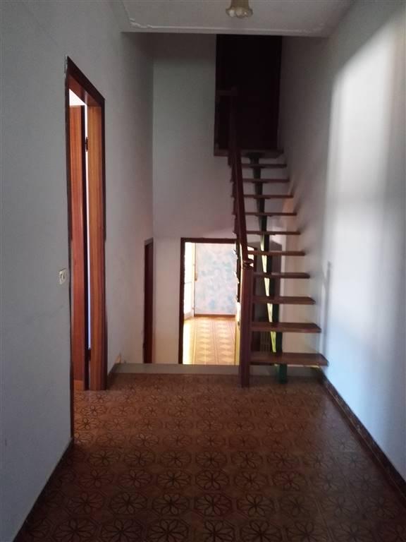Appartamento in vendita a Pegognaga, 6 locali, prezzo € 85.000 | Cambio Casa.it