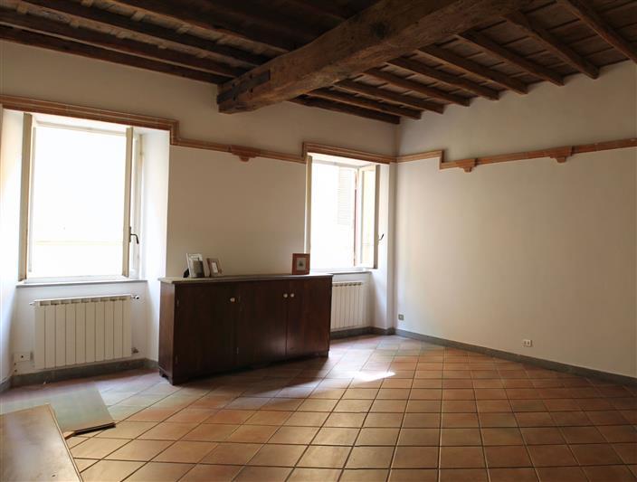 Trilocale in Via Cavour 47, Cocciano, Frascati