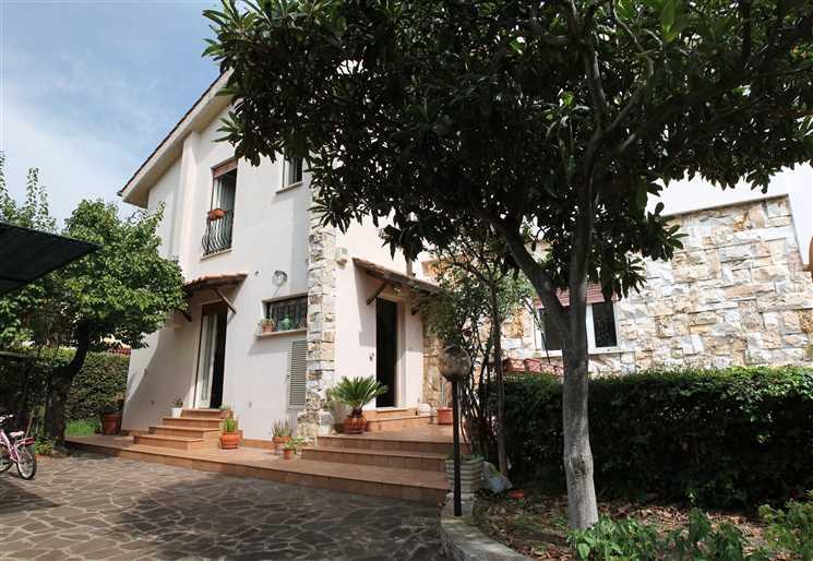 Villa in Via Firenza 36, Ciampino