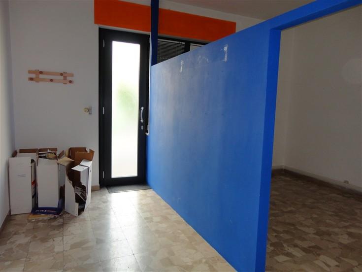 Ufficio / Studio in affitto a Certaldo, 3 locali, prezzo € 450 | CambioCasa.it