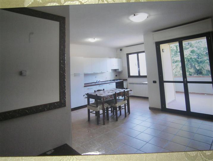 Appartamento in affitto a Certaldo, 3 locali, prezzo € 500 | CambioCasa.it
