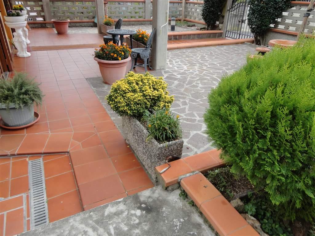 Villa in vendita a Gambassi Terme, 6 locali, prezzo € 400.000 | Cambio Casa.it