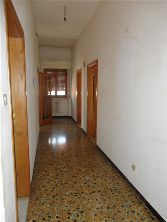 Soluzione Indipendente in vendita a Certaldo, 6 locali, zona Località: SEMI-CENTRO, prezzo € 210.000 | Cambio Casa.it