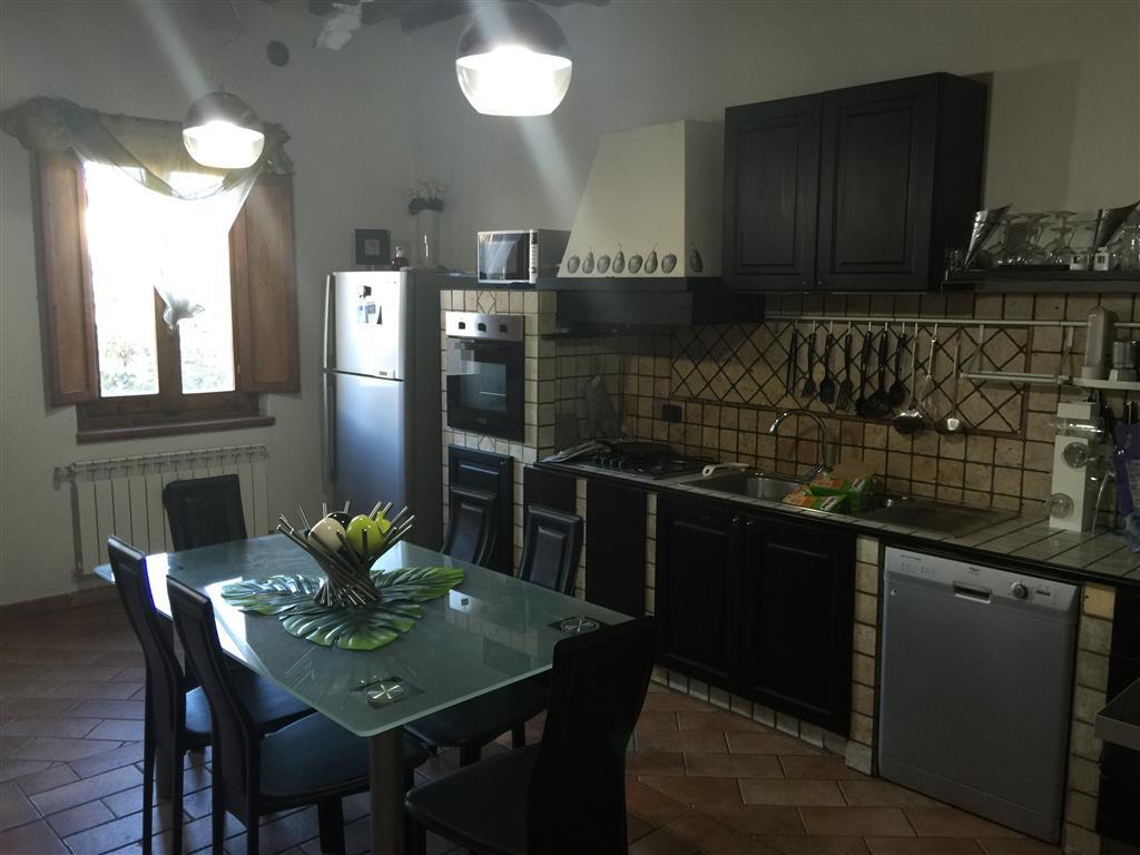 Soluzione Indipendente in vendita a Certaldo, 4 locali, zona Zona: Fiano, prezzo € 170.000 | Cambio Casa.it