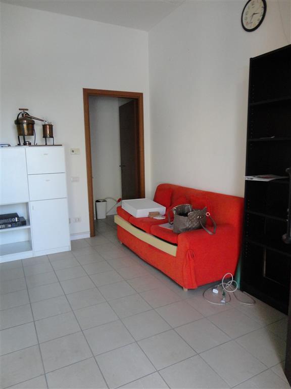 Negozio / Locale in affitto a Certaldo, 1 locali, zona Località: CENTRO, prezzo € 250 | Cambio Casa.it