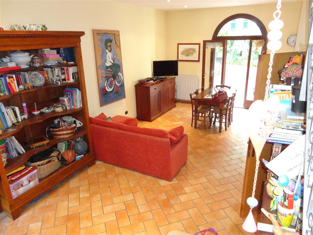 Soluzione Indipendente in vendita a Castelfiorentino, 4 locali, prezzo € 165.000 | Cambio Casa.it