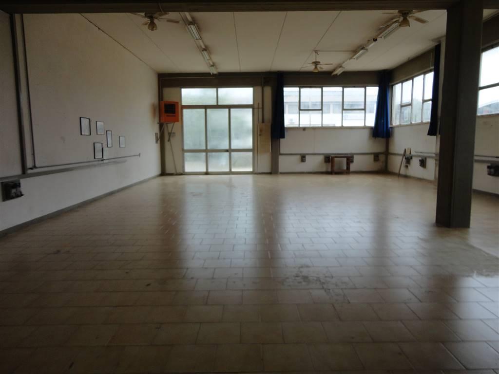 Laboratorio in affitto a Certaldo, 9999 locali, prezzo € 700 | CambioCasa.it
