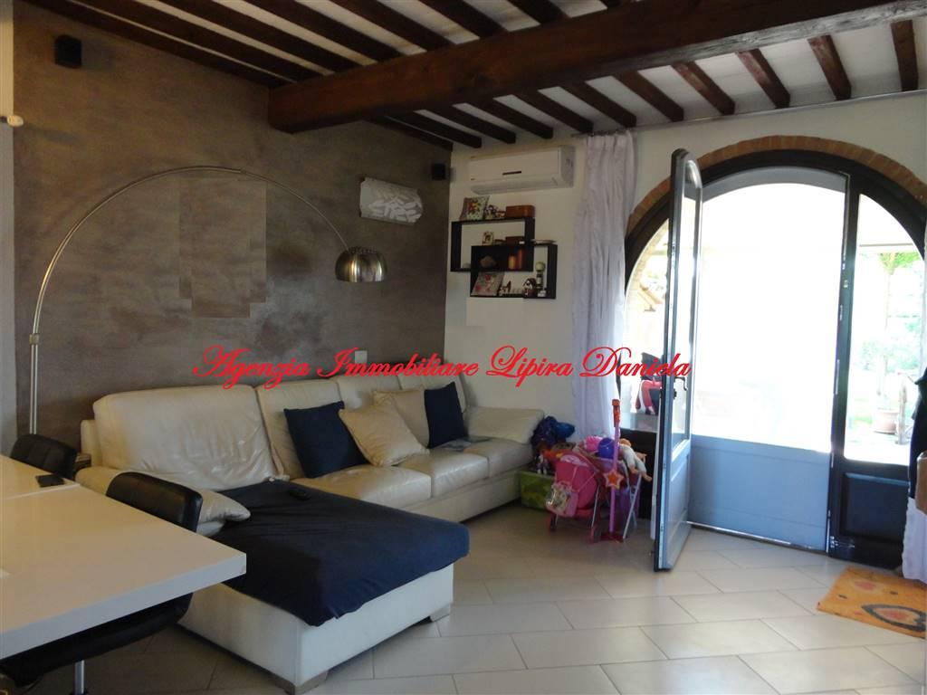 Soluzione Indipendente in vendita a San Gimignano, 4 locali, prezzo € 330.000 | Cambio Casa.it