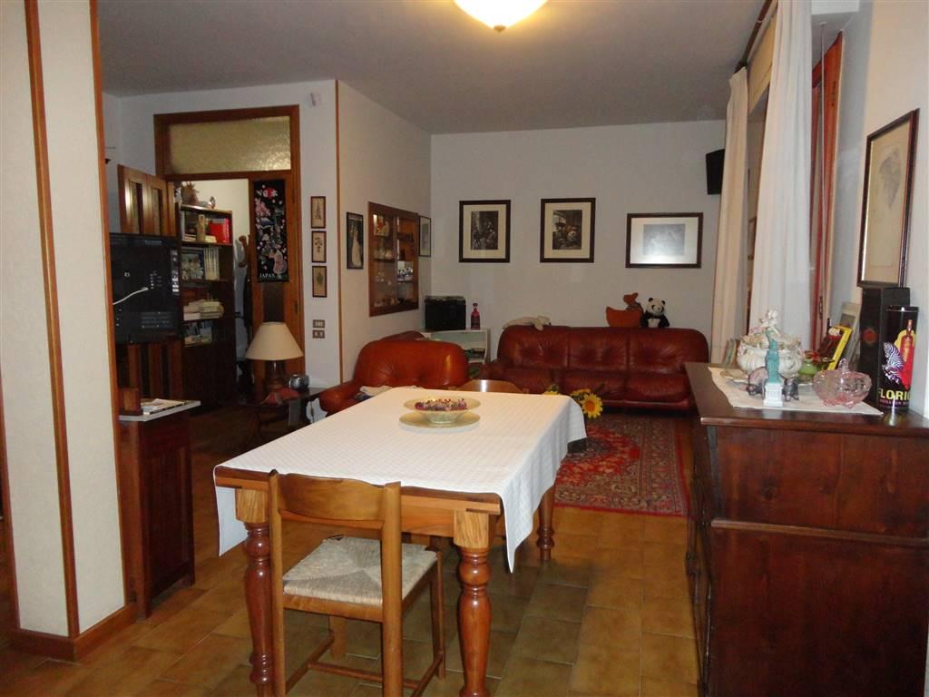 Soluzione Indipendente in vendita a Certaldo, 6 locali, zona Località: MERCATO, prezzo € 320.000 | Cambio Casa.it