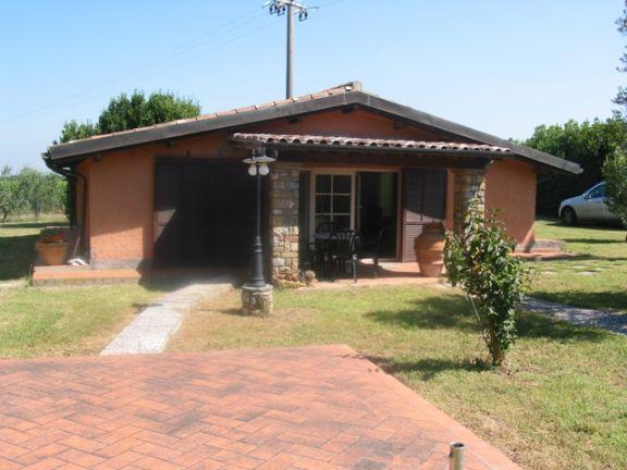 Villa in vendita a Castagneto Carducci, 3 locali, zona Zona: Bolgheri, prezzo € 385.000 | Cambio Casa.it