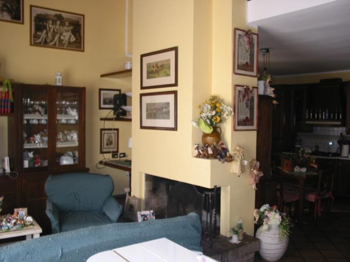 Soluzione Indipendente in vendita a Castagneto Carducci, 5 locali, zona Zona: Donoratico, prezzo € 260.000 | Cambio Casa.it