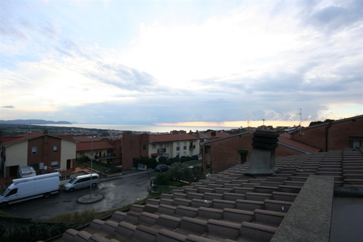 Soluzione Indipendente in vendita a San Vincenzo, 6 locali, prezzo € 430.000 | Cambio Casa.it