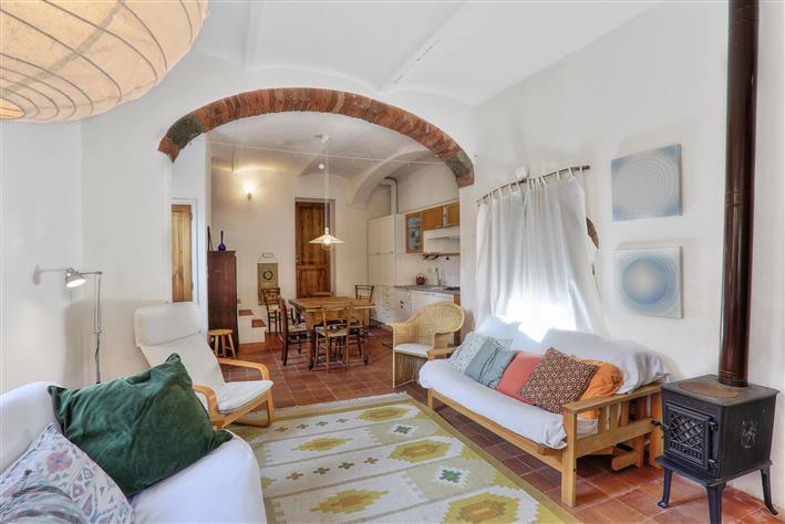 Palazzo, Montecatini Val Di Cecina, abitabile