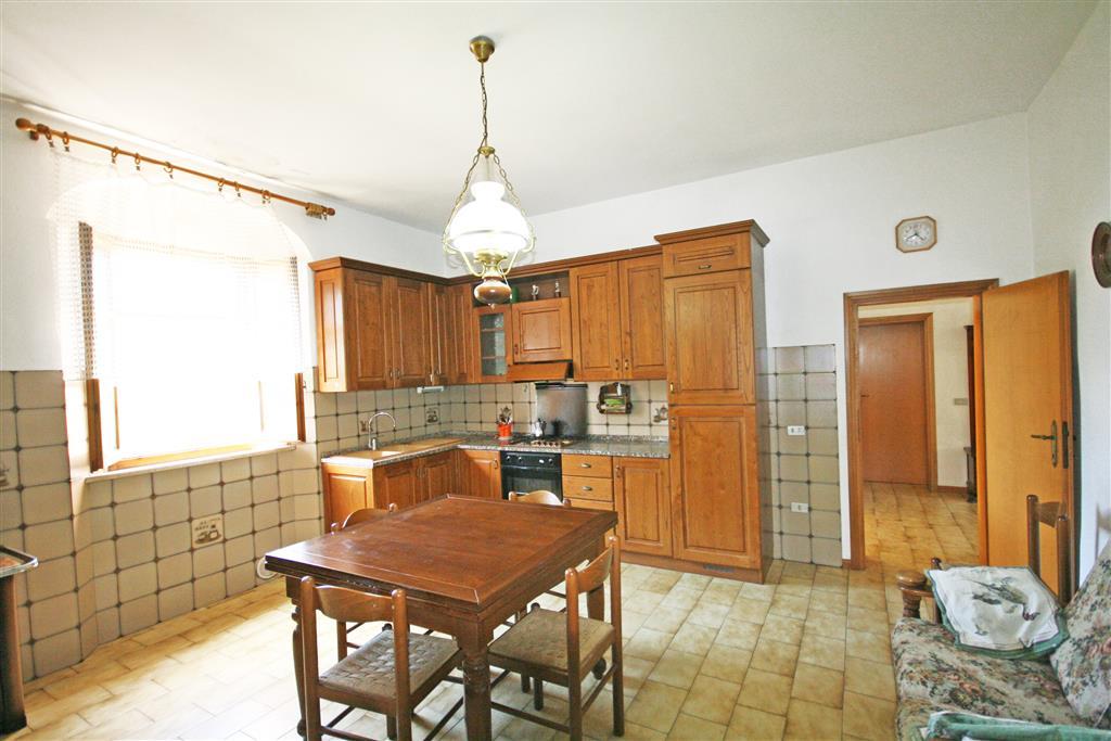Soluzione Indipendente in vendita a Castagneto Carducci, 4 locali, zona Zona: Donoratico, prezzo € 239.000 | Cambio Casa.it