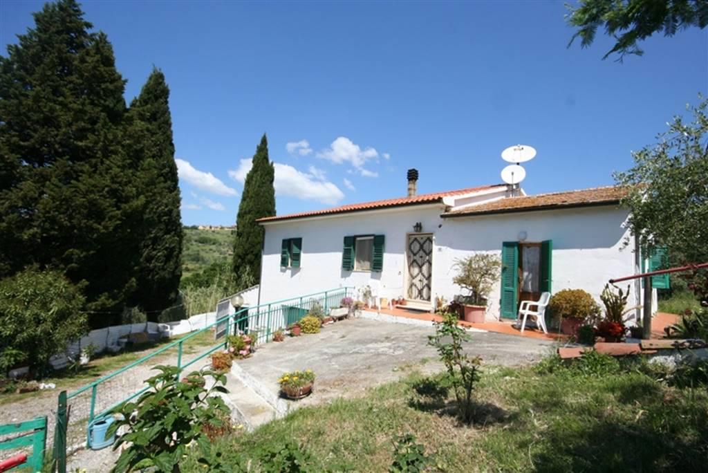 Rustico / Casale in vendita a Riparbella, 10 locali, prezzo € 340.000 | Cambio Casa.it