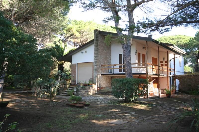 Villa in vendita a Castagneto Carducci, 11 locali, zona Zona: Marina di Castagneto Donoratico, prezzo € 870.000 | Cambio Casa.it