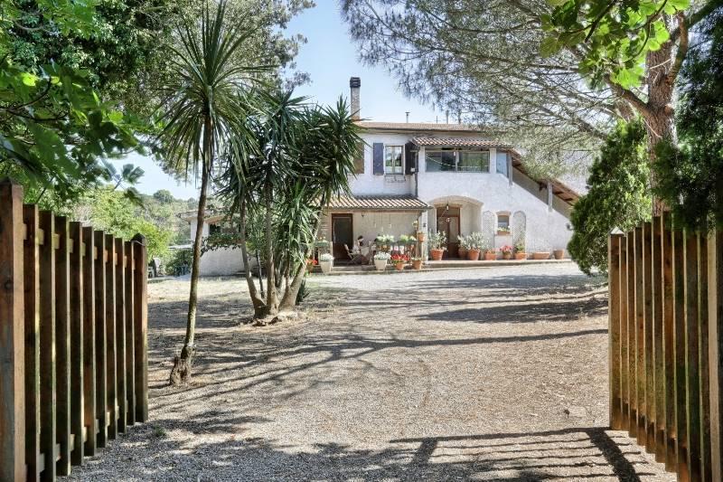 Rustico / Casale in vendita a Piombino, 8 locali, zona Zona: Baratti, prezzo € 990.000 | CambioCasa.it