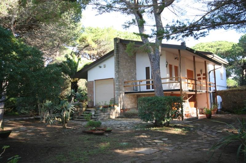 Villa in vendita a Castagneto Carducci, 5 locali, zona Zona: Marina di Castagneto Carducci, prezzo € 515.000 | Cambio Casa.it
