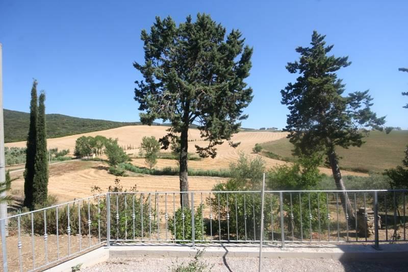 Villa in vendita a Bibbona, 7 locali, prezzo € 500.000 | CambioCasa.it