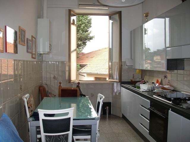 Appartamento in vendita a Poggibonsi, 4 locali, prezzo € 180.000 | Cambio Casa.it