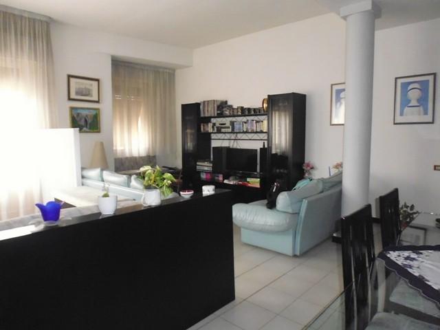 Appartamento in vendita a Poggibonsi, 6 locali, Trattative riservate | Cambio Casa.it