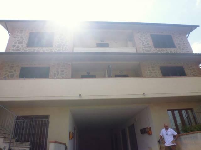 Appartamento in affitto a Casole d'Elsa, 3 locali, zona Zona: Cavallano, prezzo € 500 | Cambio Casa.it